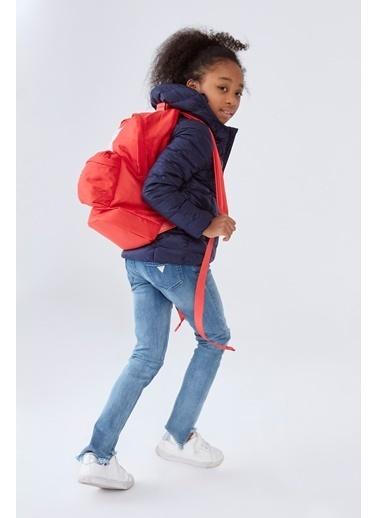 Guess Erkek Çocuk Kırmızı Sırt Çantası Kırmızı